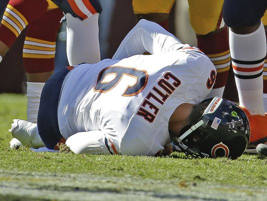 A long term Cutlers injury could spell doom for the Bears