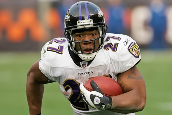 Fantasy owners need Ray Rice to pull it together or try and trade him