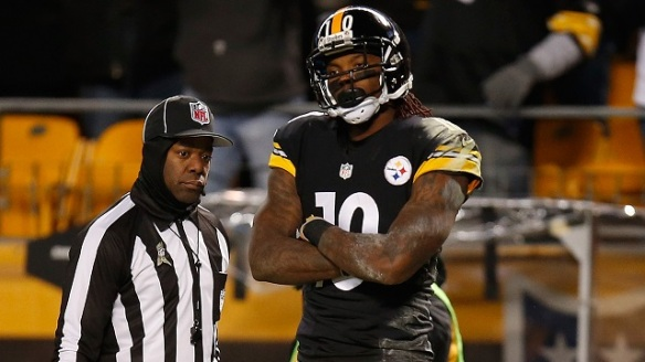 PITTSBURGH, PA - NOVEMBER 02:  Martavis Bryant #10 of the Pittsburgh Steelers celebrates his second quarter touchdown against the Baltimore Ravens at Heinz Field on November 2, 2014 in Pittsburgh, Pennsylvania.  (Photo by Gregory Shamus/Getty Images)